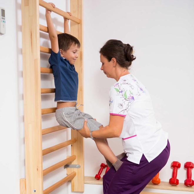Kinetoterapie-pentru-copii