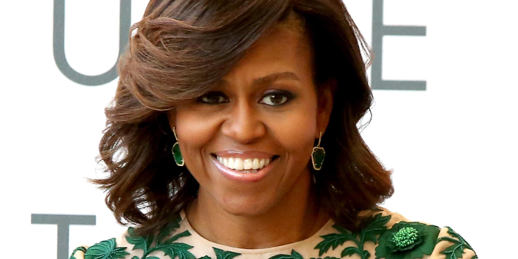 Michelle LaVaughn Obama née Michelle LaVaughn Robinson le 17 janvier 1964 à Chicago est une avocate et écrivaine américaine Épouse depuis 1992 de Barack Obama
